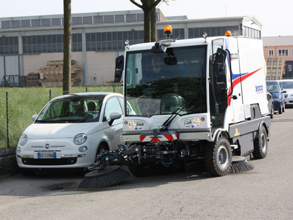 Dulevo 3000 Revolution Street Sweeper Around Cars