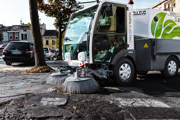 Dulevo D.Zero2 Electric Street Sweeper sweeping leaves