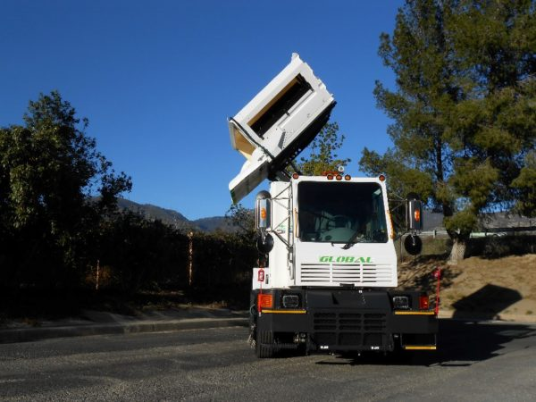 Global M4 CNG Street Sweeper Side Dump