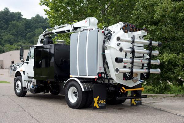X-Vac X-6 Hydro Excavator Truck