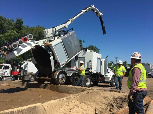 X-Vac X-8 Hydro Excavator Dumping