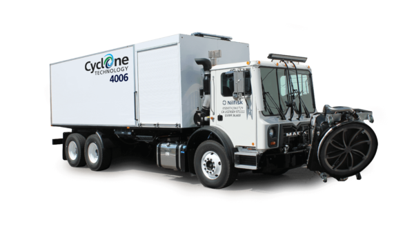 Cyclone 4006HT Airport Runway Cleaning Heavy Truck