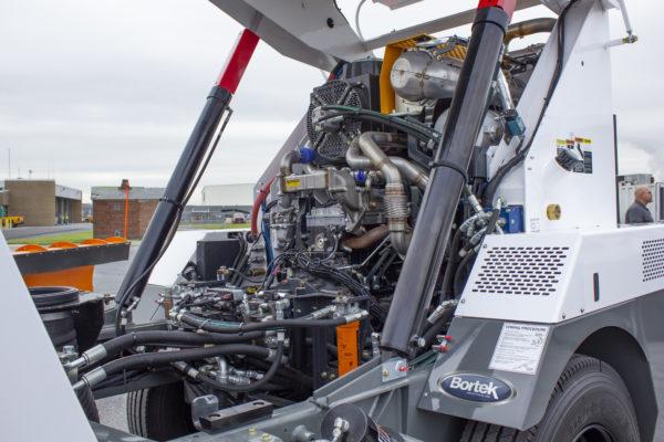 Global R3 Street Sweeper Engine