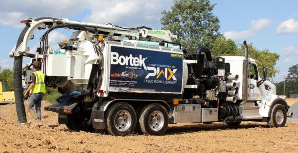 Aquatech B-10 Hyrdro Excavator & Sewer Vac Truck